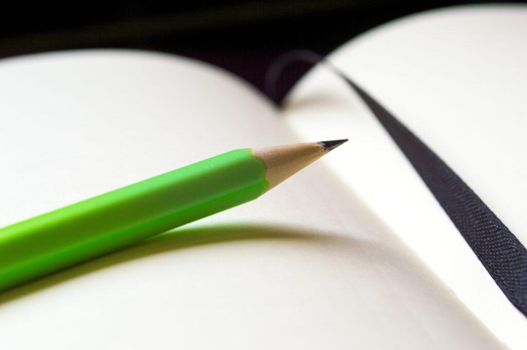 Foto penna e quaderno